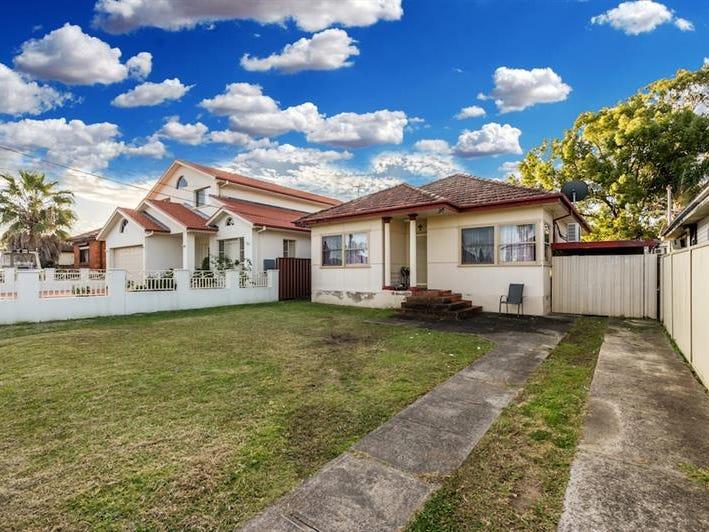 18 Joyce St, Fairfield, NSW 2165