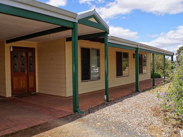 17 Stock Road, Kojonup, WA 6395