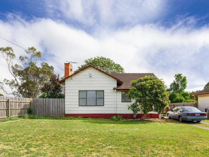 1 SIMPSON Street, Sale, Vic 3850