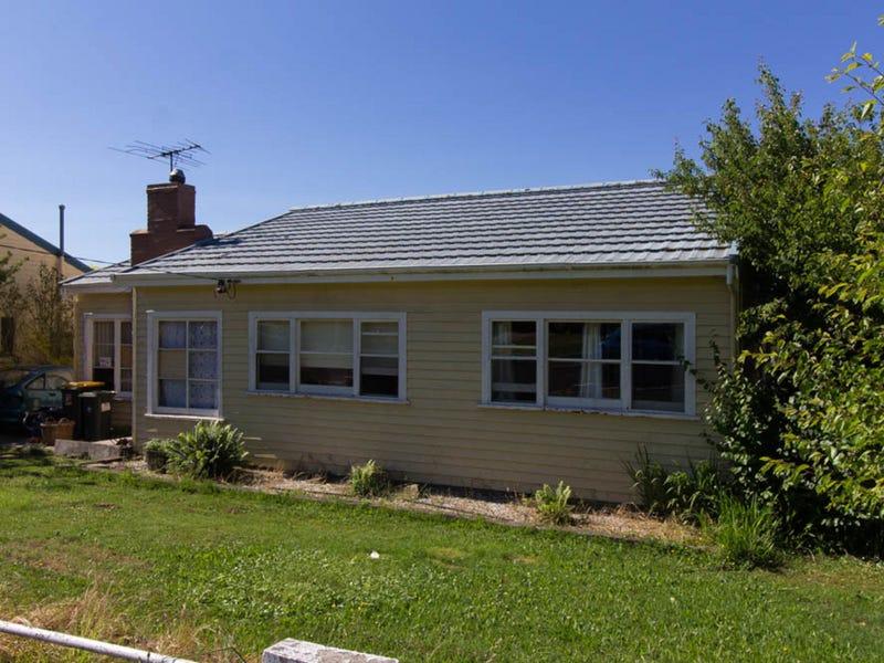 11 William Street, Ulverstone, Tas 7315