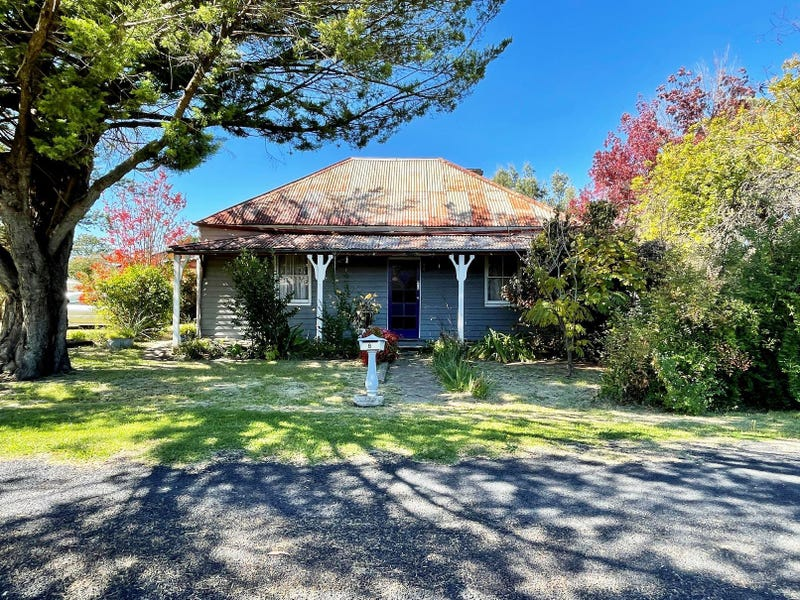 8 Cooper Lane, Uralla, NSW 2358
