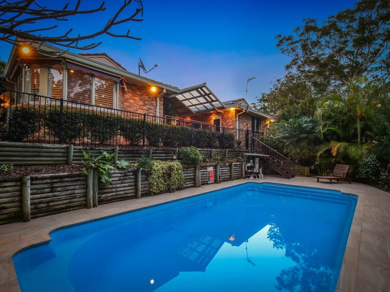 4 Newman Close, Green Point, NSW 2251