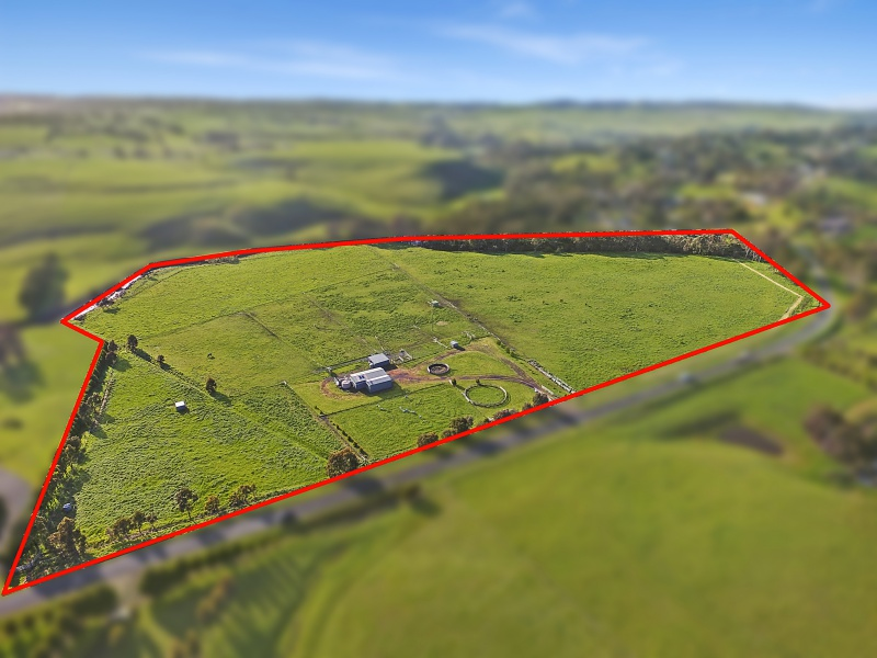 64 Darraweit Valley Road, Darraweit Guim, Vic 3756