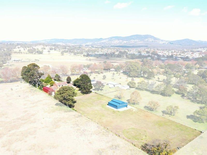 26 Casino Road, Tenterfield, NSW 2372