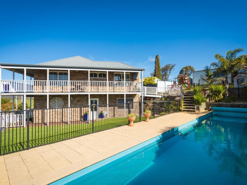 3 Princes  Highway, South Pambula, NSW 2549
