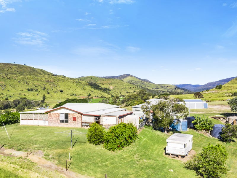 252 Lefthand Branch Road, Lefthand Branch, Qld 4343
