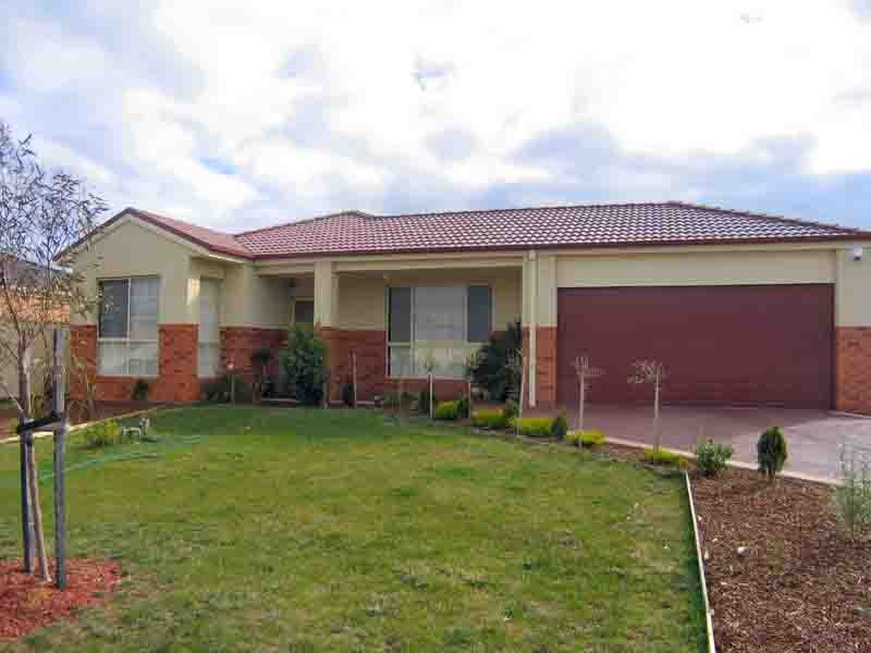 7 Nodosa Grove, Harkness, Vic 3337