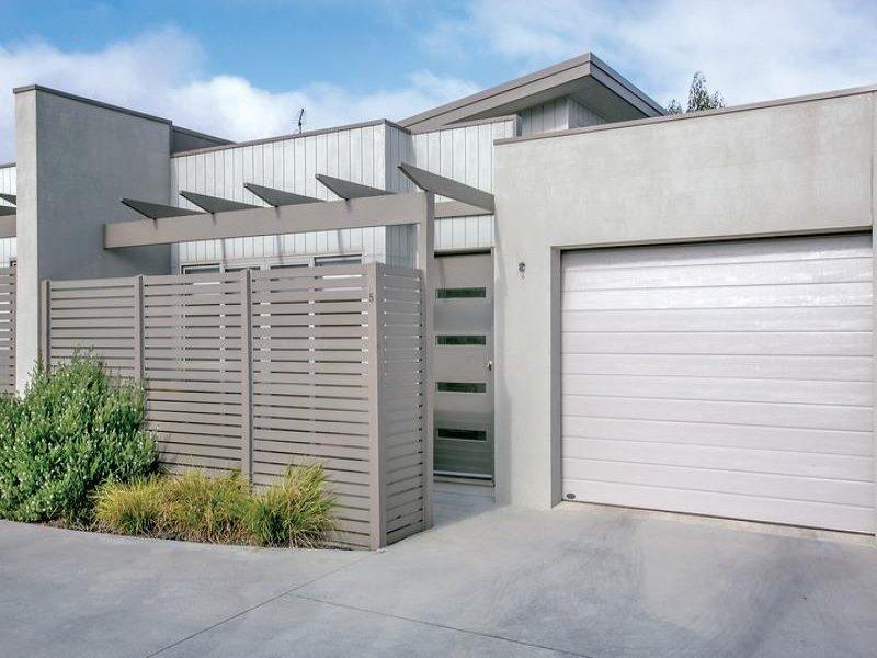 5 Latitude Court, Ballarat East, Vic 3350