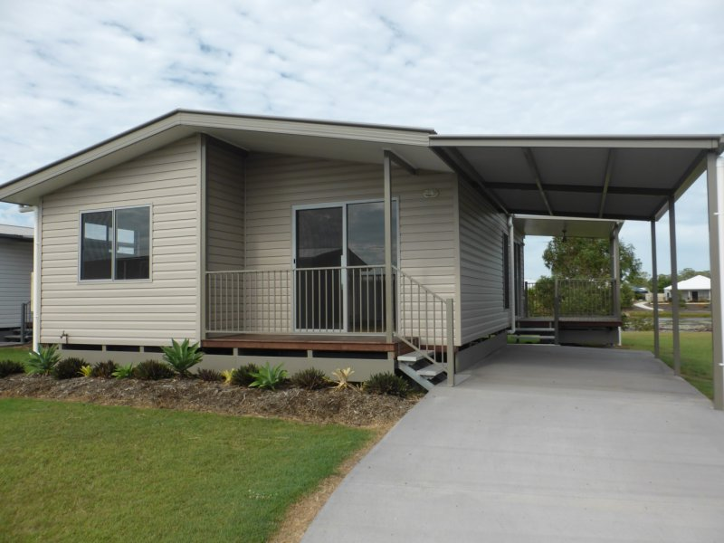 32 Willow Court, Eli Waters, Qld 4655