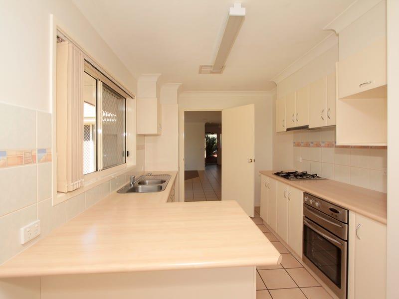 72 Paldi Crescent, Glenfield Park, NSW 2650