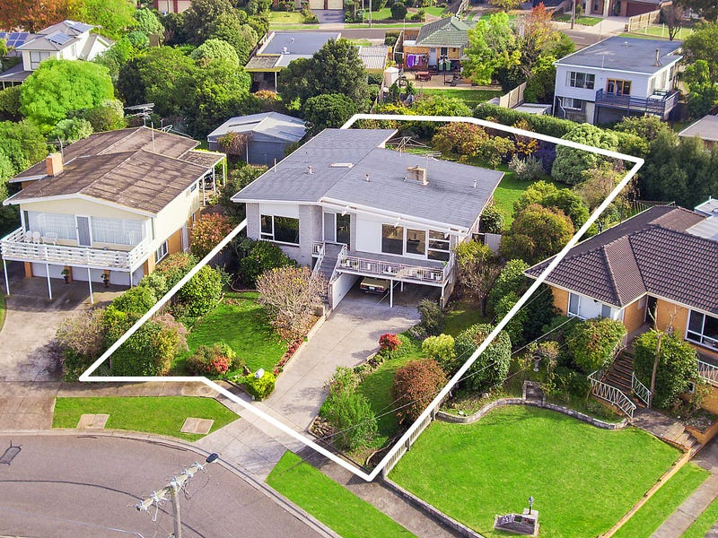10 Kirriemuir Street, Hamlyn Heights, Vic 3215