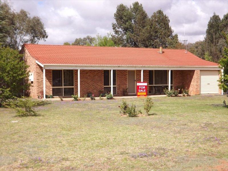 42 Castlereagh St, Baradine, NSW 2396