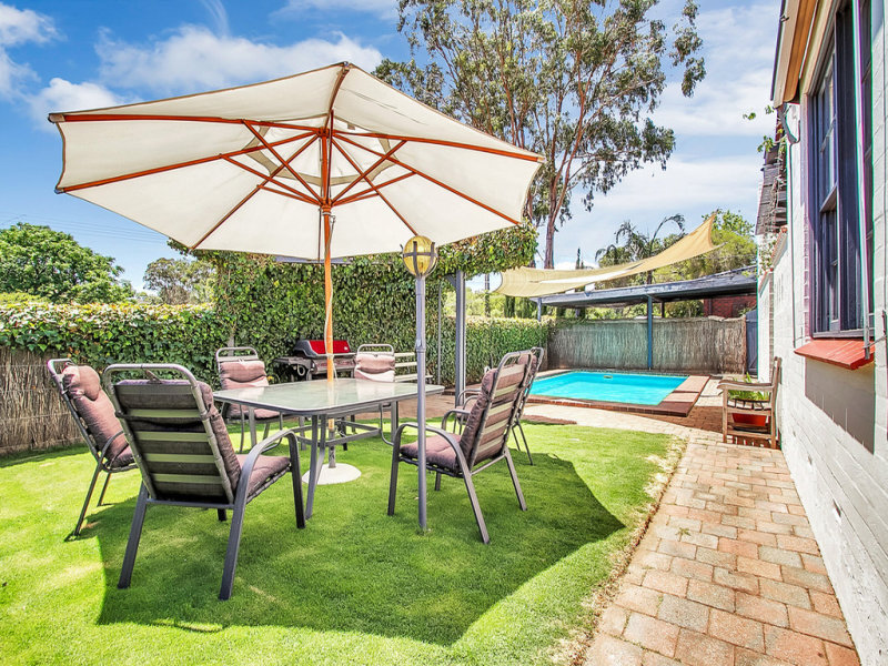16 Booth Street, Happy Valley, SA 5159