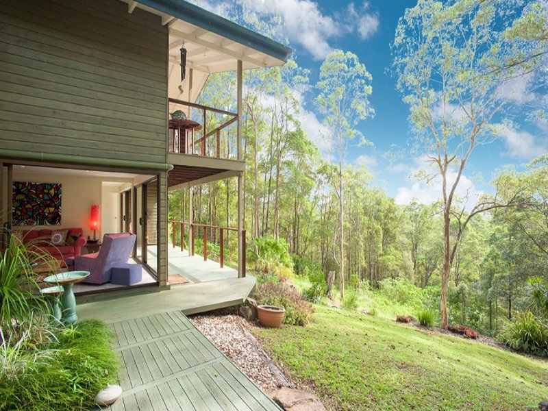 163 Towen Mountain Road, Towen Mountain, Qld 4560