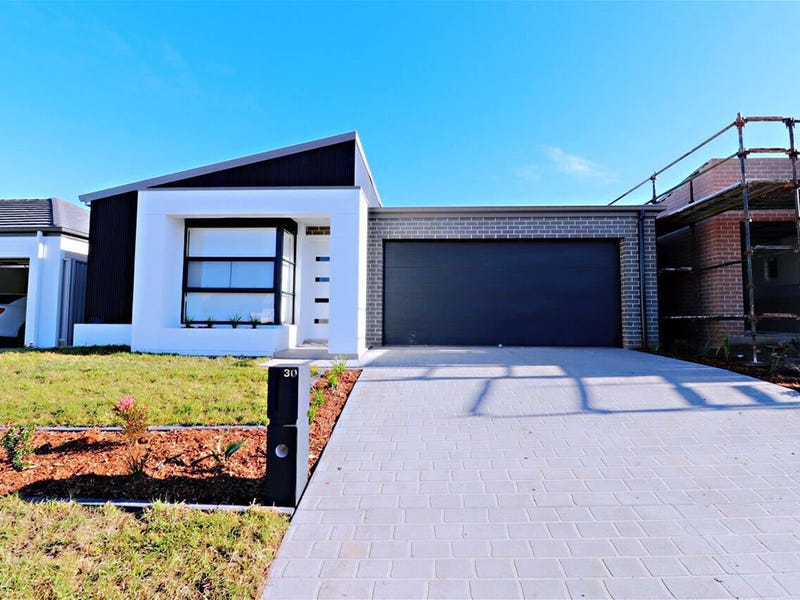 30 Percy St, Gregory Hills, NSW 2557