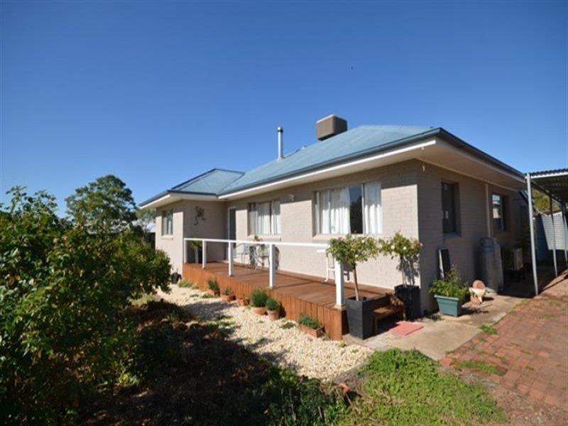 22 Walton St, Boggabri, NSW 2382