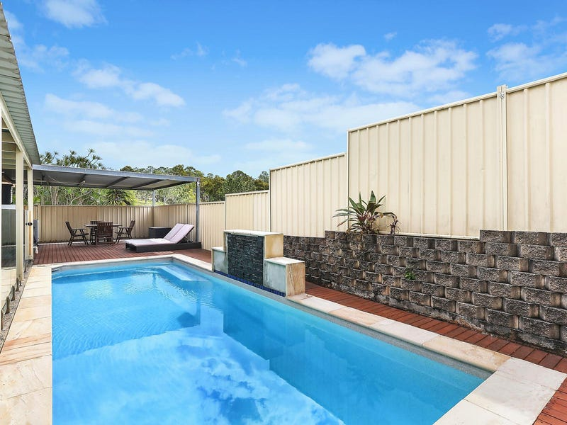 26 Pinevale Drive, Oxenford, Qld 4210