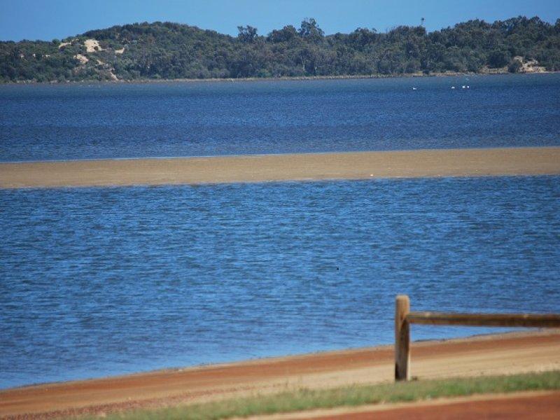 319C Old Coast Rd, Australind, WA 6233
