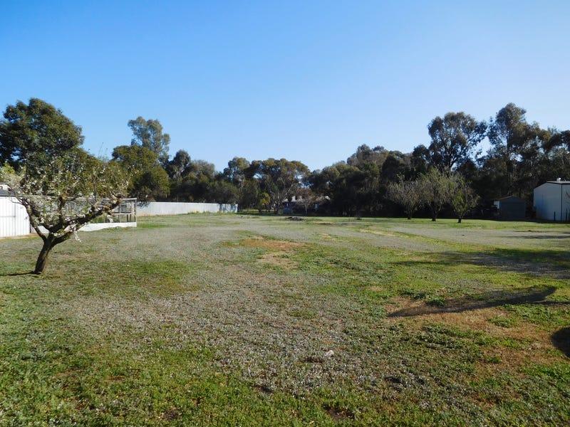 3 Cuthbert Court, Grahamvale, Vic 3631