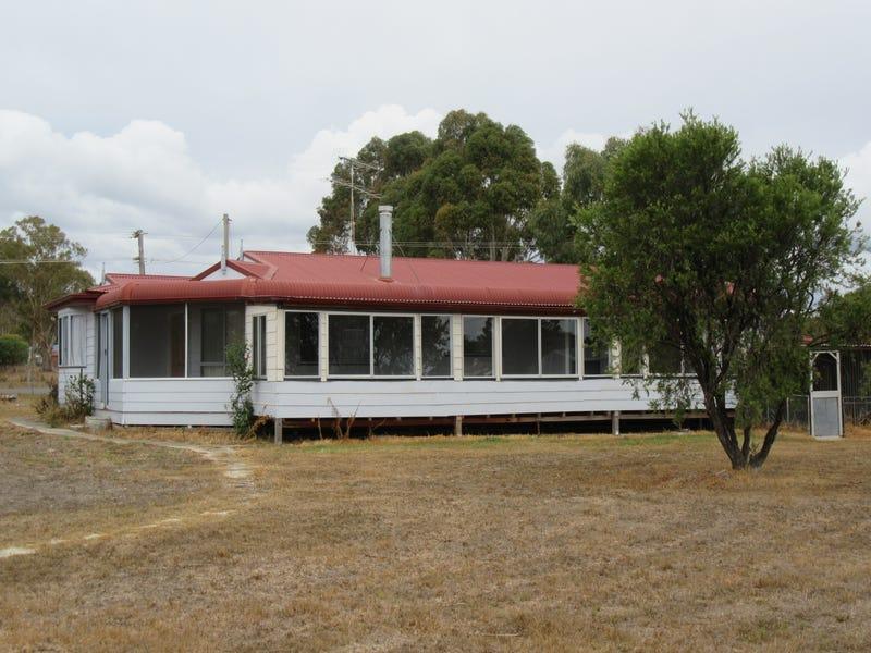 36 Park Street, Emmaville, NSW 2371