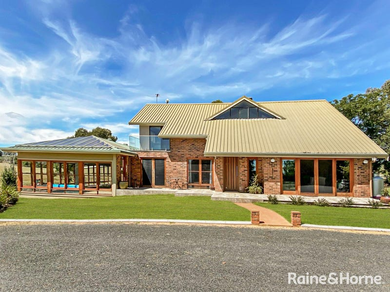 59 Kellys Road, Young, NSW 2594