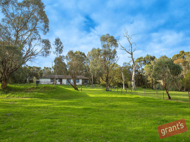 1210 Wellington Road, Narre Warren East, Vic 3804