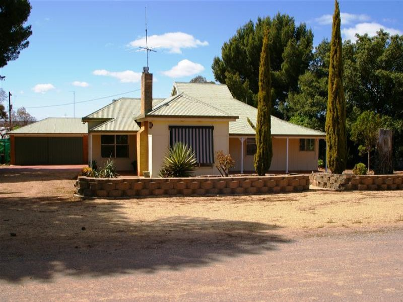 10 Polkinghorns Road, Arthurton, SA 5572