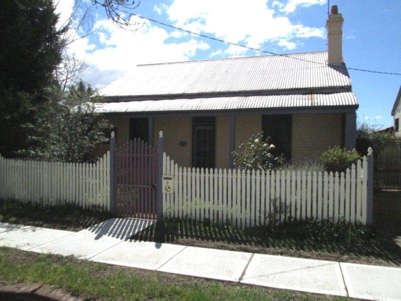 9 BEPPO STREET, Goulburn, NSW 2580