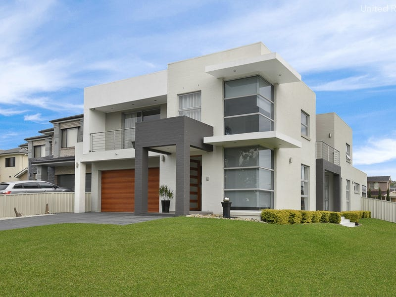 8 Fysh Avenue, Middleton Grange, NSW 2171