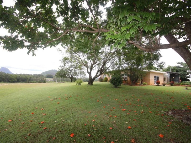 109 Pikes Road, Glass House Mountains, Qld 4518