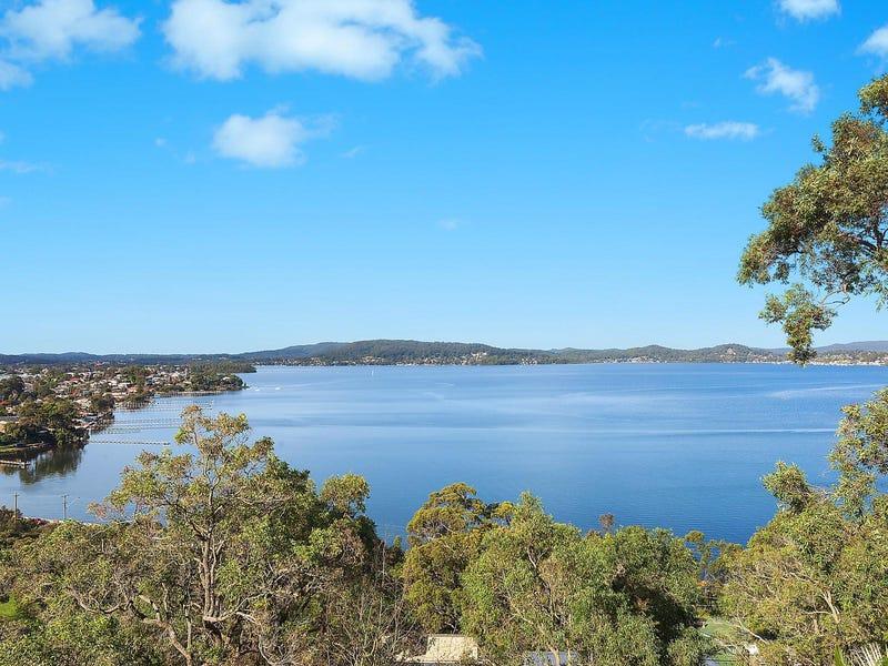 16 Sandstone Crescent, Tascott, NSW 2250