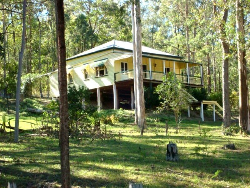 299 GRAYS ROAD, Woodford, Qld 4514