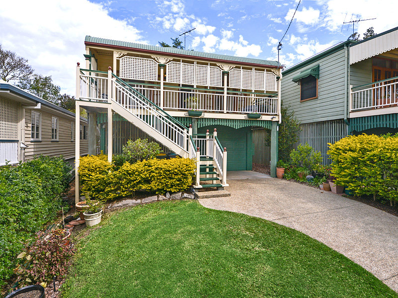 18 Disraeli St Indooroopilly Qld 4068 Property Details