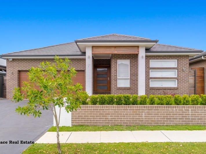 7 Gemini Street, Gregory Hills, NSW 2557