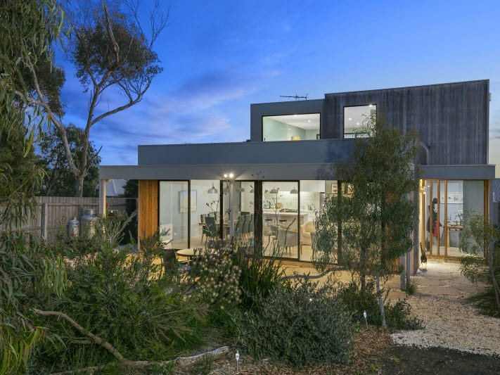 15 Beach Road, Aireys Inlet