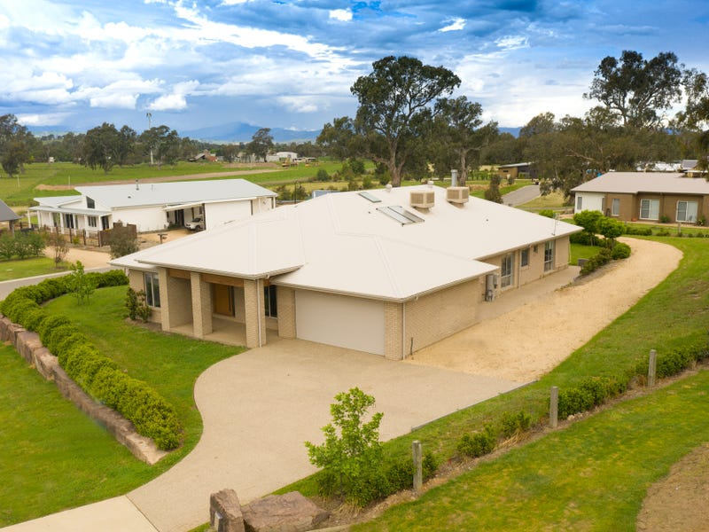 8 Stockmans Drive, Mansfield, Vic 3722