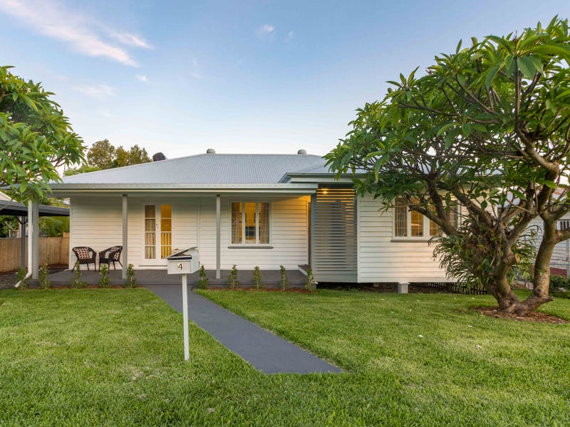 4 Church Street, Silkstone, Qld 4304
