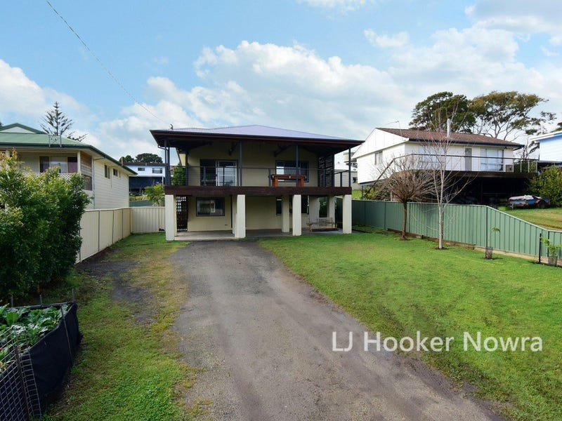 6 Pyree Street, Greenwell Point, NSW 2540