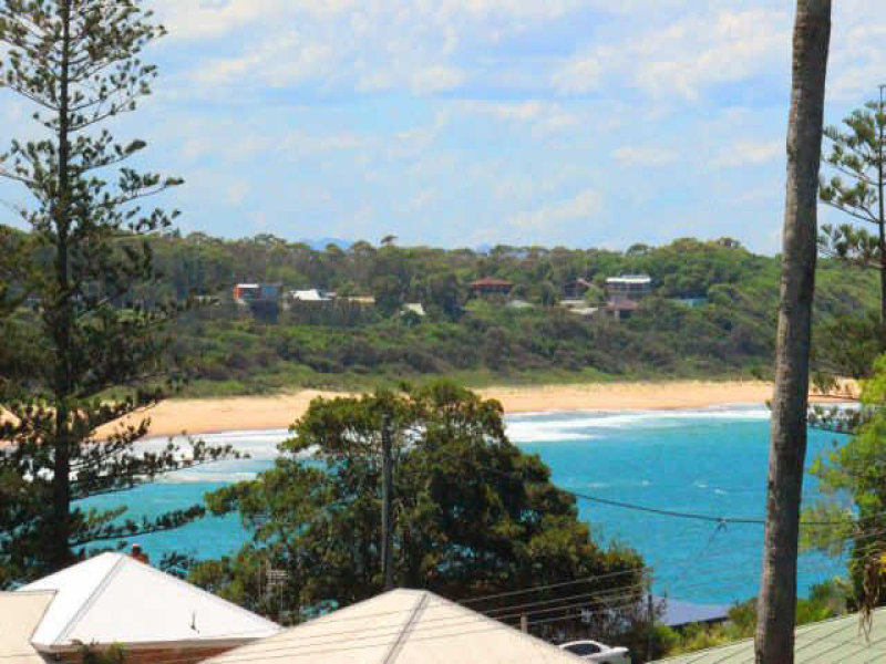 7 High Street, Black Head, NSW 2430