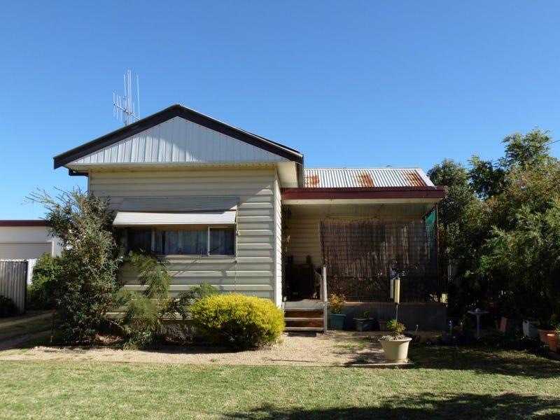 6 Thornbury Street, Parkes, NSW 2870