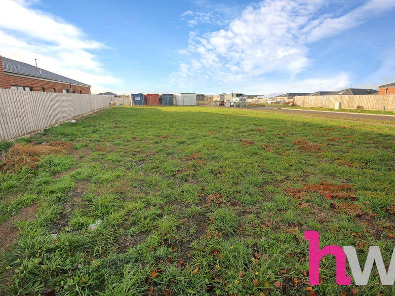 129 Rossack Drive, Grovedale, Vic 3216