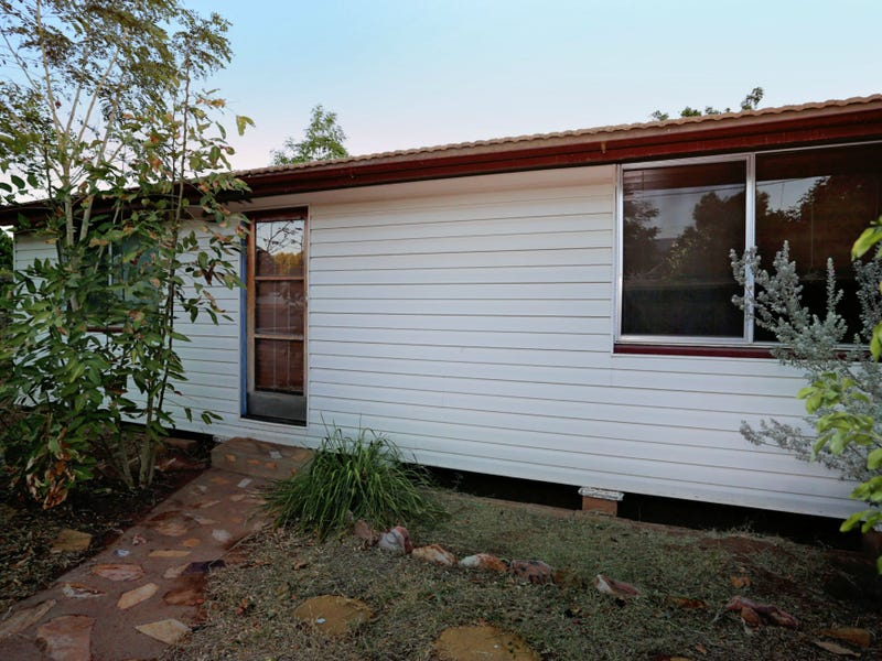 25 Buckley Avenue, Mount Isa, Qld 4825