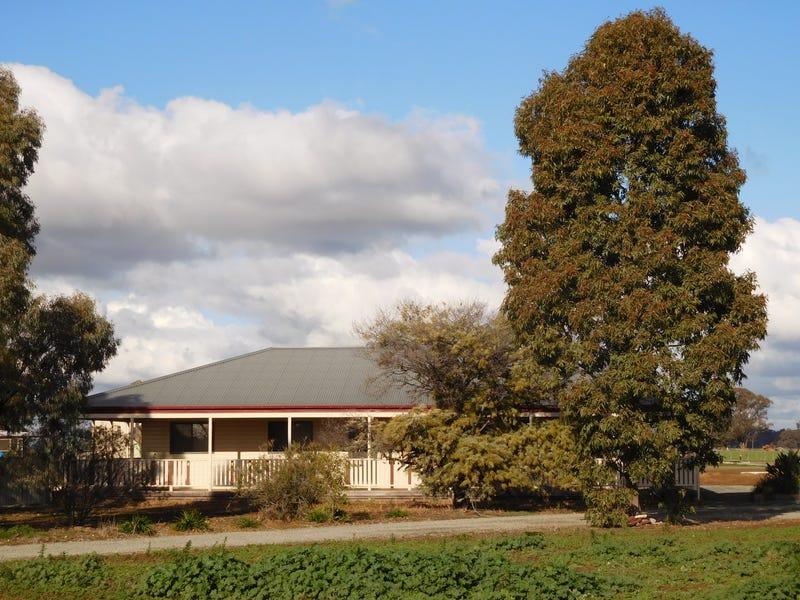 139 Gunn Road, Yabba North, Vic 3646