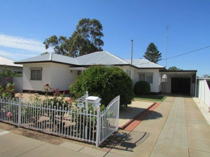 3 Livingstone Street, Warracknabeal, Vic 3393