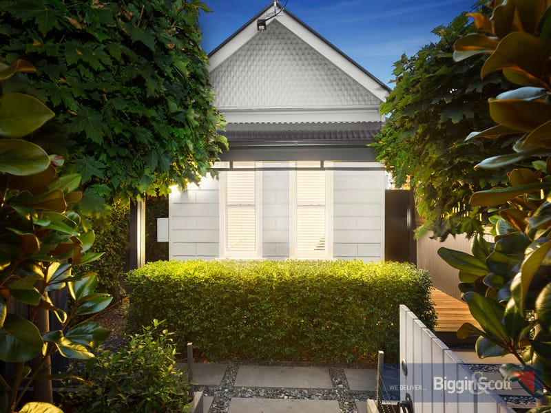 21 The Ridgeway, Kensington, Vic 3031