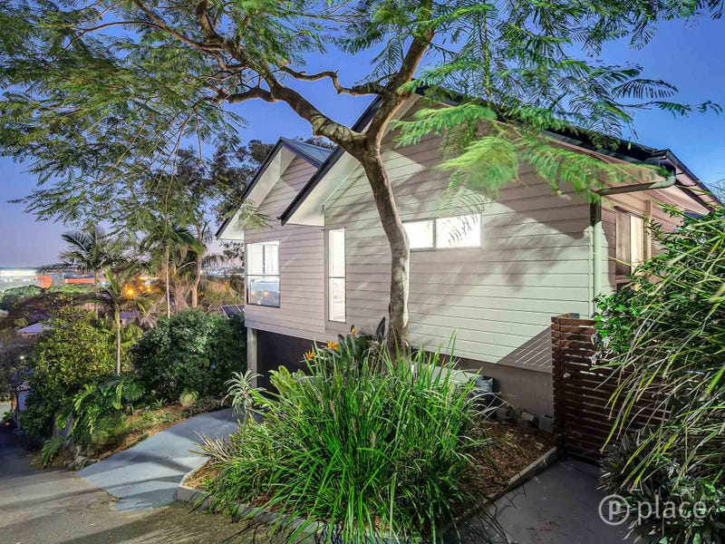16 Stoneleigh Street, Red Hill, Qld 4059