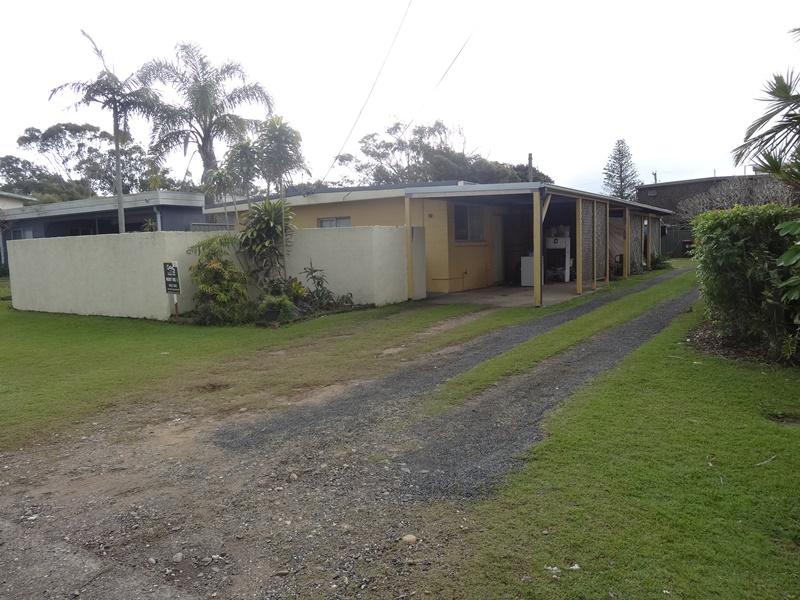 2/8 Grevillea Avenue, Mylestom, NSW 2454