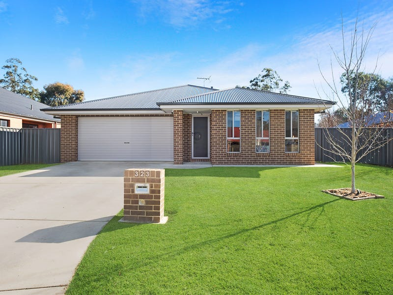323 Diggers Road, Lavington, NSW 2641