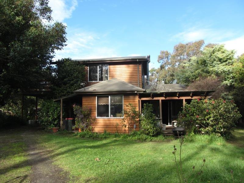 180 Old Main Jindivick Road, Jindivick, Vic 3818