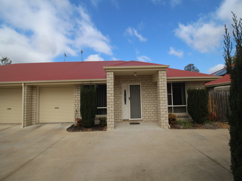 2/19 Briggs Street, Pittsworth, Qld 4356